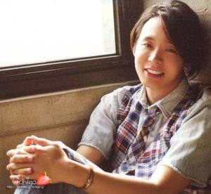 -Yuchun-Smiling-jyj-17300029-800-737